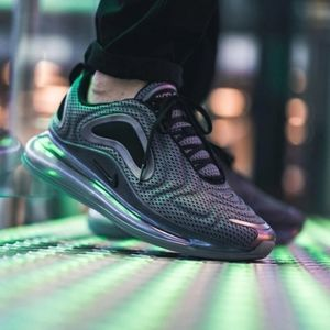 NEW NIKE AIR MAX 720 Northern Lights Sneakers